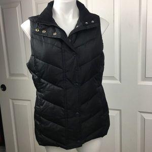 Gap Black Puffer Vest EUC